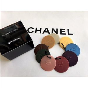 NEW RARE SUMMER 2017 CHANEL PLASTIC KEY CHARM